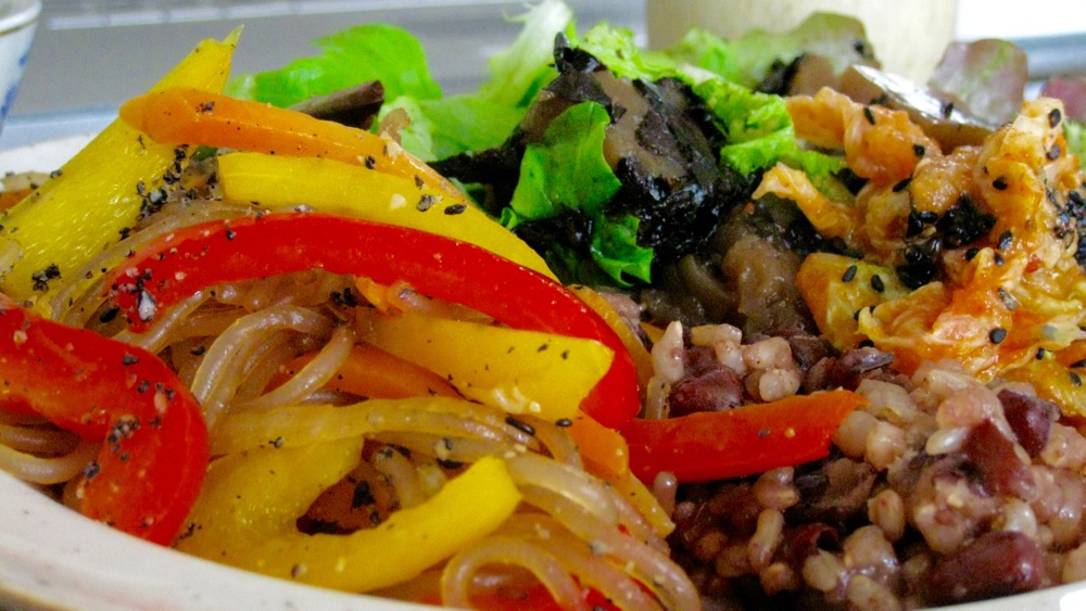 macrobiotic benefits colourful natural meal